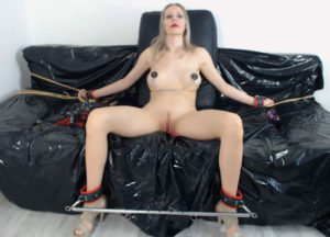 BDSM woman for sex chat