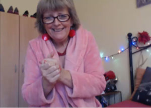 Mature woman for live sex chat in webcam