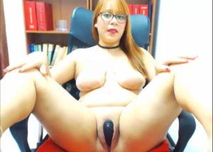 Beautiful fat women masturbating live in webcam