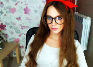 Gorgeius girl with blue eyes for sex chat